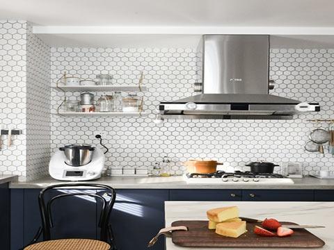 家居中大門對廚房門風水化解
